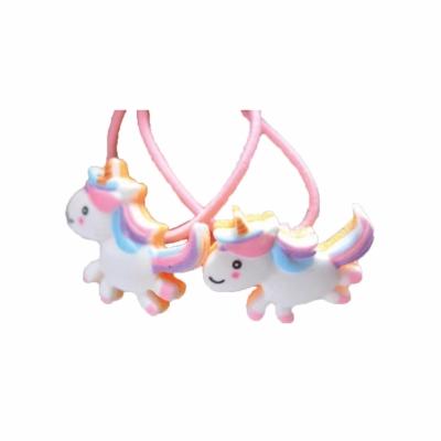 Elastiekjes unicorn rennend