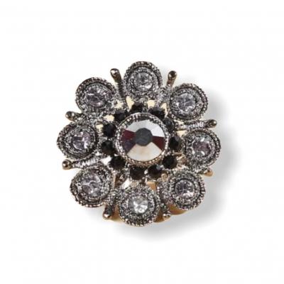 Bloemvormige zilveren ring