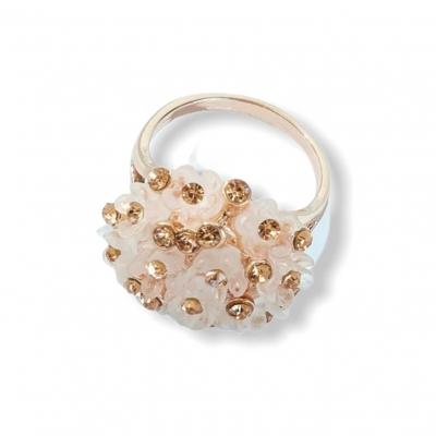 Bloemvormige ring goud/licht roze